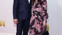 Zooey Deschanel & Jonathan Scott team up for red carpet party at Academy of Motion Pictures party E! News UK